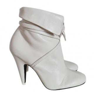 Tom Ford White Nappa Leather Wrap Booties more size   ask me !