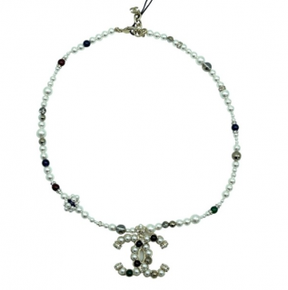 Chanel Faux Pearl Beaded Short CC Necklace