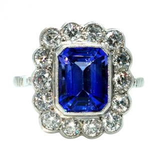 Bespoke 18ct White Gold Diamond & Tanzanite Dress Ring