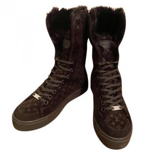 Louis Vuitton Monogram Suede Shearling Lined Boots