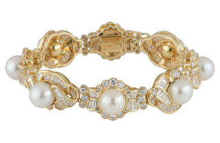 Bespoke 18kt Yellow Gold Diamond & Pearl Bracelet