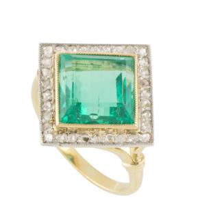 Bespoke Yellow Gold Emerald & Diamond Ring