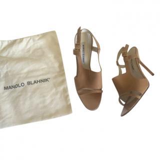 Manolo Blahnik Nude Leather Sandals