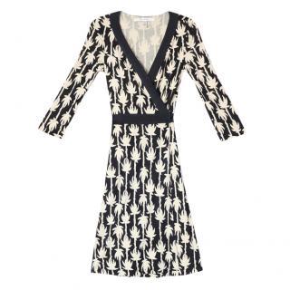 DVF Silk Jersey Black & White Wrap Dress