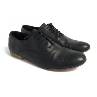 B Store black leather shoes