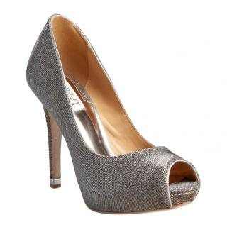 Badgley Mischka grey metallic open toe pumps