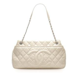 Chanel White Grained Calfskin Quilted CC Shoulder Bag