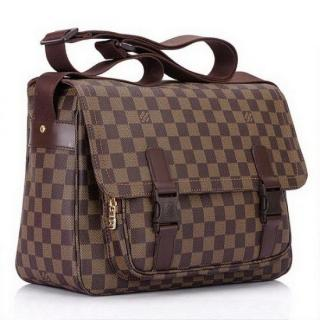 Louis Vuitton Damier Ebene Canvas Messenger Melville Bag