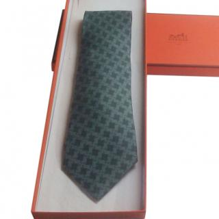 Hermes Grey/Black Silk Men's Tie