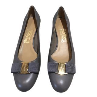 Ferragamo Grey Leather Vara Bow Pumps