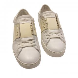 Valentino White/Beige Open Rockstud Sneakers