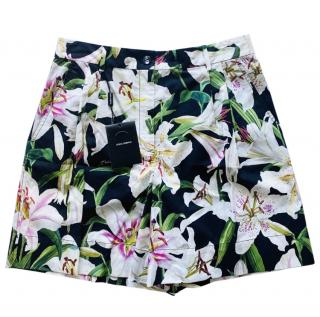 Dolce & Gabbana Black Cotton Lily Print Shorts