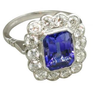 Bespoke Tanzanite & Diamond White Gold/Platinum Ring