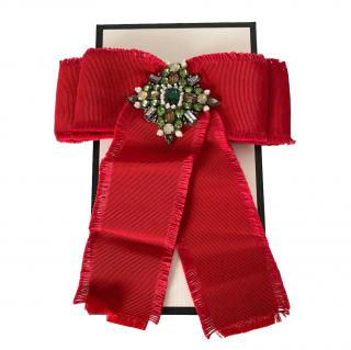 Gucci Red Grosgrain Crystal Embellished Bow Pin Brooch