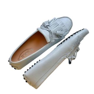 Tom's white leather classic loafers