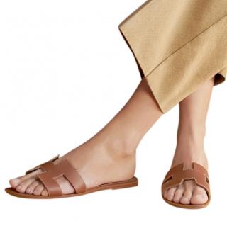 Hermes Gold Colour Box Leather Oran Sandals