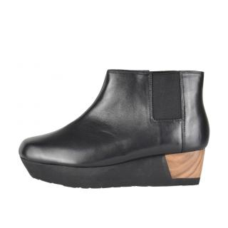 Issey Miyake 132 5 Leather Platform Ankle Boots