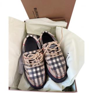 Burberry Kids Size 28 Beige Archive Check Lace-Up Shoes