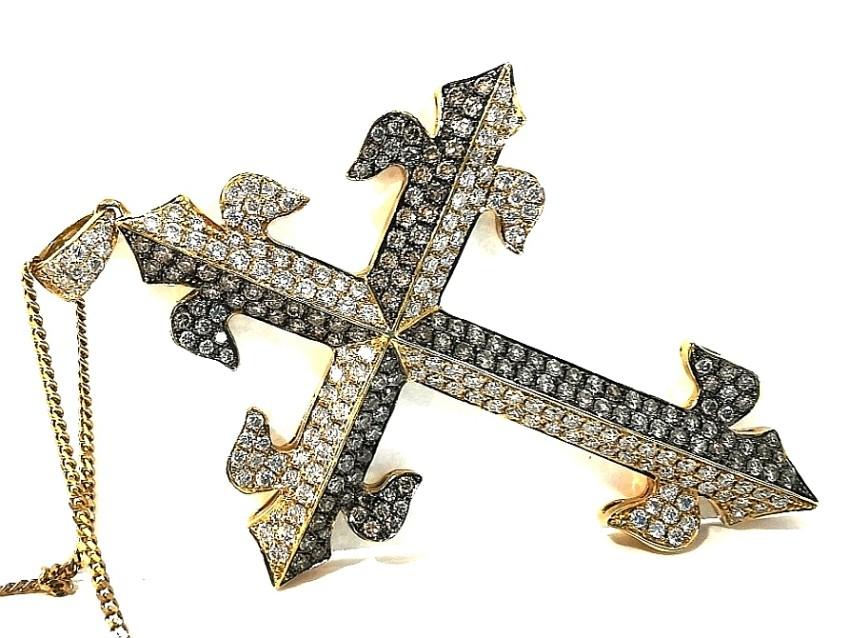 Bespoke white and chocolate diamond 2.26ct cross pendant