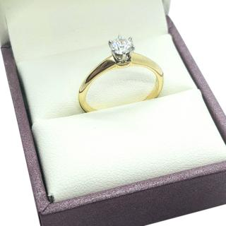 Tiffany & Co. 18kt Yellow Gold Diamond Solitaire Ring