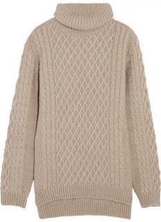 Chianti and Parker beige cable knit cashmere jumper