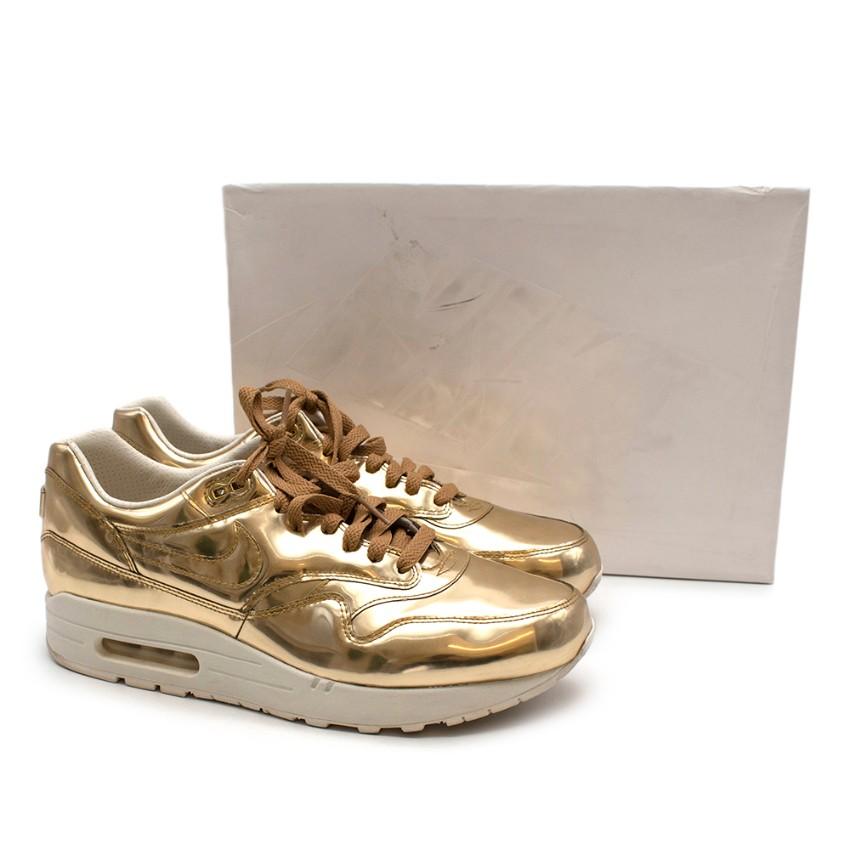 Nike Air Max Metallic 90 Gold Sneakers