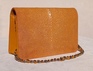 Hidetoshi Caramel Stingray Chain Bag