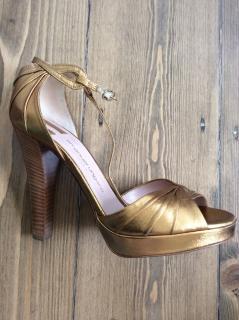 Emanuel Ungaro gold heels