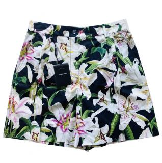 Dolce & Gabbana Lily Print Tailored Shorts