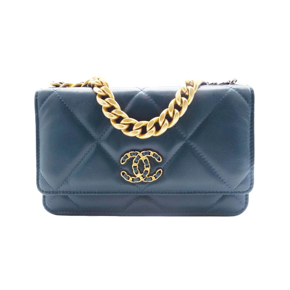 Chanel Lambskin 19 Wallet on Chain