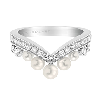 Chaumet Jos�phine Aigrette 18ct white-gold, diamond and pearl ring