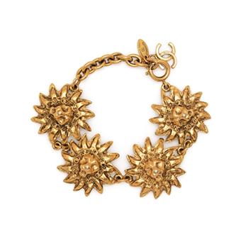 Chanel Vintage 90's Lion Head Gold Tone Bracelet