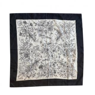 Gucci Black & White Flora Silk Scarf