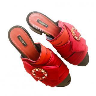 Dolce & Gabbana Red Logo Bow Crystal Slides