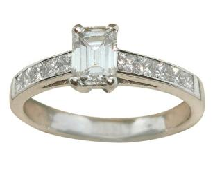 Bespoke 18ct White Gold Emerald & Princess Cut Diamond Ring