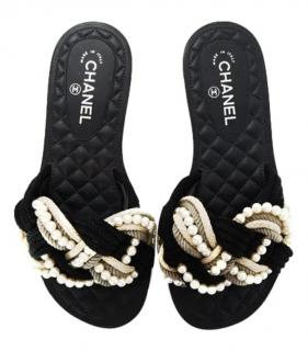 Chanel Paris/Cuba Faux Pearl Rope Slides