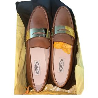 Tod's Tan Leather Moccasin Loafers