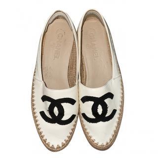 Chanel Ivory Leather Grosgrain CC Espadrilles