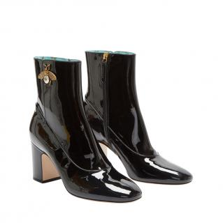 Gucci Bee motif patent leather black ankle boots