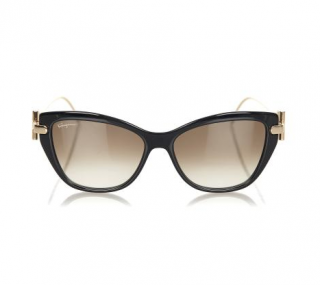 Ferragamo Cat Eye SF928S Sunglasses
