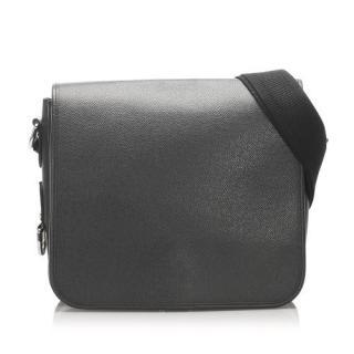 Louis Vuitton Taiga Andrei Messenger Bag