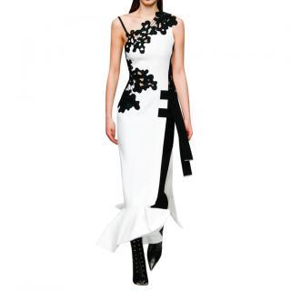 David Koma White & Black Lace Detailed Asymmetric Gown