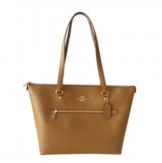 Coach caramel leather shoulder tote bag