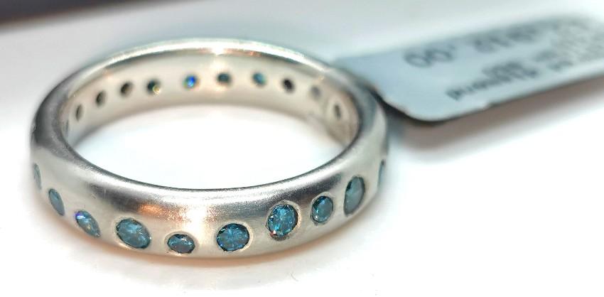 Dower & Hall platinum and blue diamond fireworks ring
