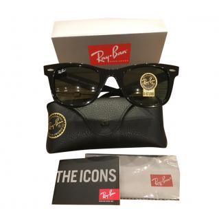 Ray Ban Black Classic Wayfarer Sunglasses