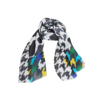 Boutique Moschino Giant Houndstooth Print Wool Scarf
