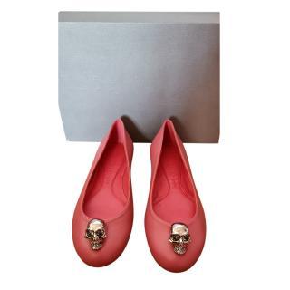 Alexander McQueen skull detail pink flat pumps