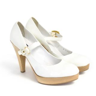 Le Silla White Patent Mary Jane Heels