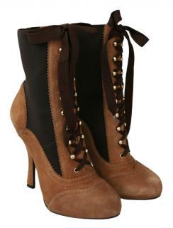 Dolce & Gabbana Bi-Colour Brogue Style Suede Lace-Up Boots