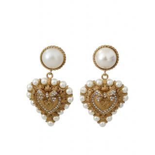 Dolce & Gabbana Faux Pearl Embellished Heart Drop Earrings